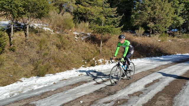 cyclist-639189_640