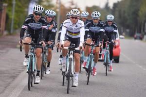 Les sorties sur route de ce programme vélo peuvent être réalisées en groupe.